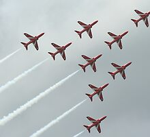 Shooting Red Arrows at the weymouth Carnival going in to a corner by jab03