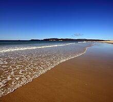 Marion Bay, Tasmania by David Jamrozik