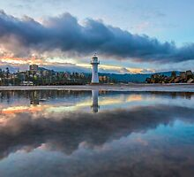 Reflections by 16images