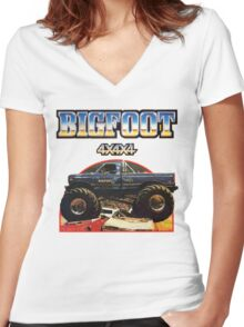 Big Foot 4x4x4 Women's Fitted V-Neck T-Shirt