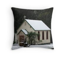 Christmas in July, Kinglake, Victoria Throw Pillow