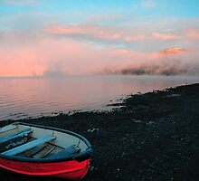 Lake Te Anau at Sunrise by chriso
