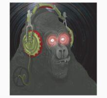 Gorilla Vynil by laikamonkey