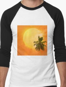 Silhouettes of palm trees on the artistic background Men's Baseball ¾ T-Shirt