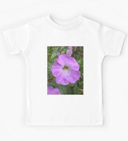 Petunia flower 10 Kids Tee