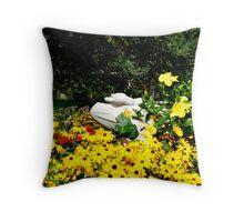 Goose in the Garden. Throw Pillow