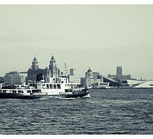 Ferry across the Mersey by lawrencejoefish