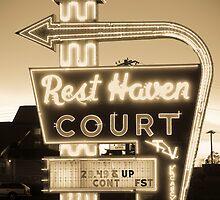 Rest Haven Court Motel. (Alan Copson © 2007) by Alan Copson