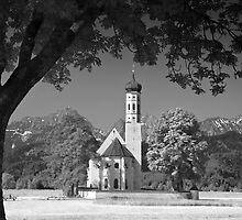 Kolomanskirche. Bavaria. (Alan Copson © 2008) by Alan Copson
