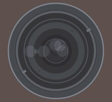 18-200mm Lens Vector by Jakov Cordina