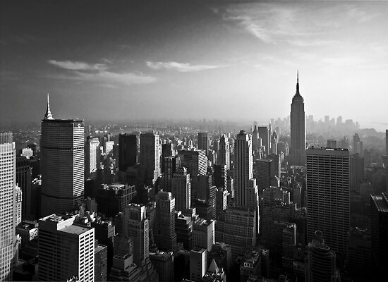Manhattan Skyline with Empire State Building (Alan Copson ©) by Alan Copson