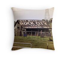 see rock city ! Throw Pillow