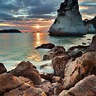 Te Hoho Amber Sunrise by Ken Wright