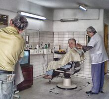barber shop in a traditional way by Cadu Lemos