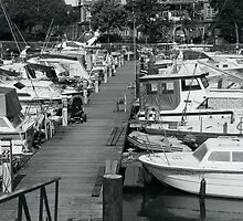 Harbour Mooring, Bristol by Laurie Sinnett