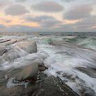 (e)motional sea by Hogne