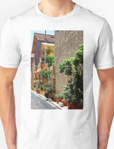 Are we in Provence Yet? Yes We Are! Unisex T-Shirt