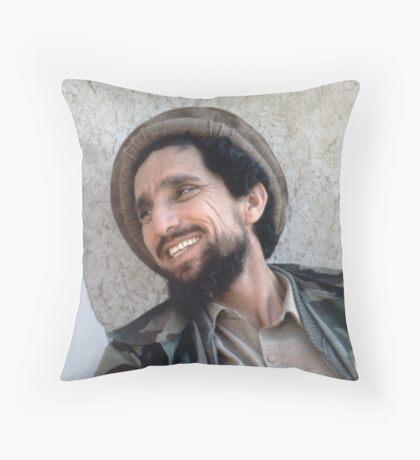 AHMAD SHAH MASSOUD Throw Pillow