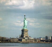 Statue of Liberty by Laurie Puglia