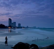Twilight in Hua Hin by Joakim Leroy
