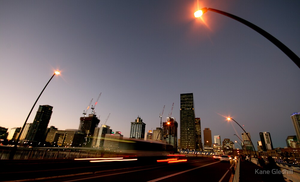 Rush Hour - Brisbane City by Kane Gledhill
