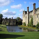 Hever Castle in the afternoon sun by ChelseaBlue