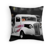 car numero 1 Throw Pillow