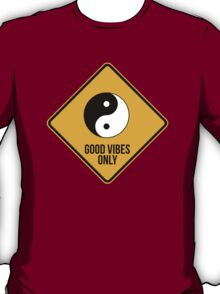 Good vibes!!! Yin Yang - Music is the answer  T-Shirt