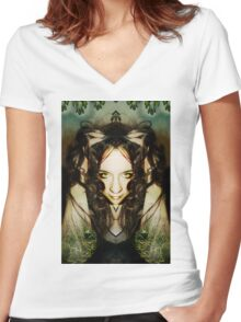Unity with nature Women's Fitted V-Neck T-Shirt