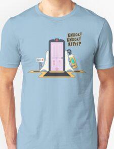 knock knock kitty?? T-Shirt