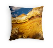 Murray River Cliff Face Throw Pillow
