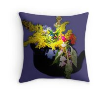 Visitor in the herb garden Throw Pillow