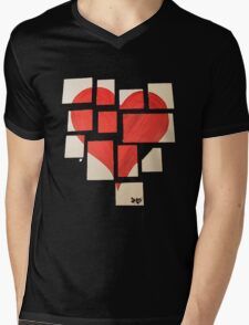 Della's Heart Mens V-Neck T-Shirt