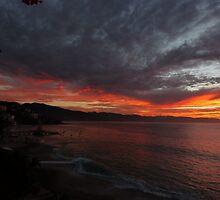 tropical sunset II - puesta del sol en la zona tropical by Bernhard Matejka