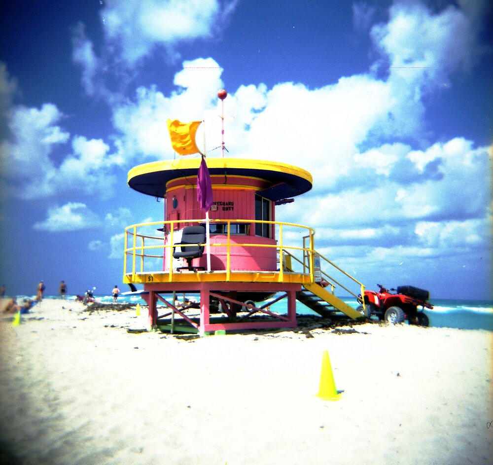 Lifeguard Hut by Diego M. Apud