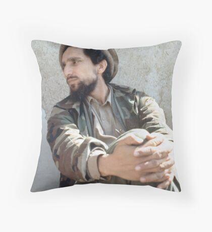 LION OF THE PANJSHIR Throw Pillow