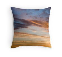 Twisted cloud Throw Pillow