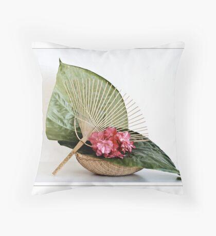 Ikebana-054 Greeting Card Throw Pillow