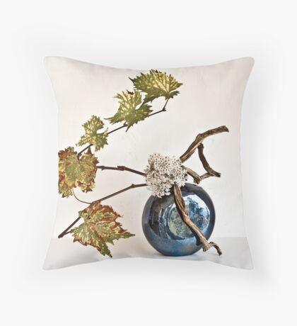 Ikebana-090 Throw Pillow