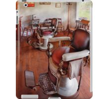 Barber - Please have a seat iPad Case/Skin