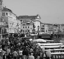 A Crowded Venice Street  by ljm000