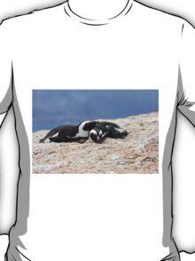 Close Bonds T-Shirt