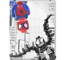 Lego Spiderman vs. venom in the city (with border) iPad Case/Skin