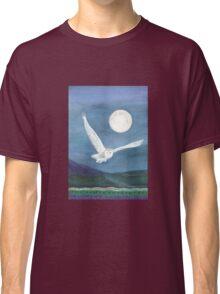 Owl, wearing a shawl of moonlight Classic T-Shirt
