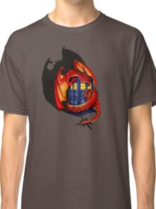 Blue phone box with Smaug The Red wyvern dragon Classic T-Shirt