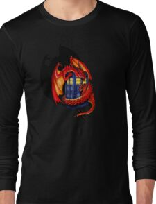 Blue phone box with Smaug The Red wyvern dragon Long Sleeve T-Shirt