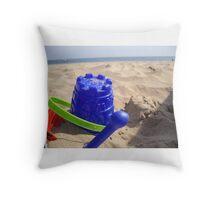 bucket and spade Throw Pillow