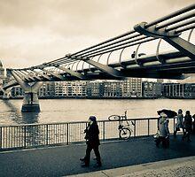 Millennium Bridge 02 by ArnaldoTarsetti