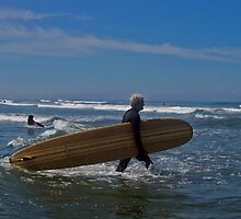 LONG BOARD AT WESTPORT WASHINGTON by Michael Beers