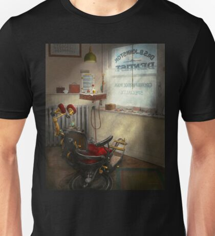 DENTIST - S.B. Johnston, Dentist 1919 Unisex T-Shirt